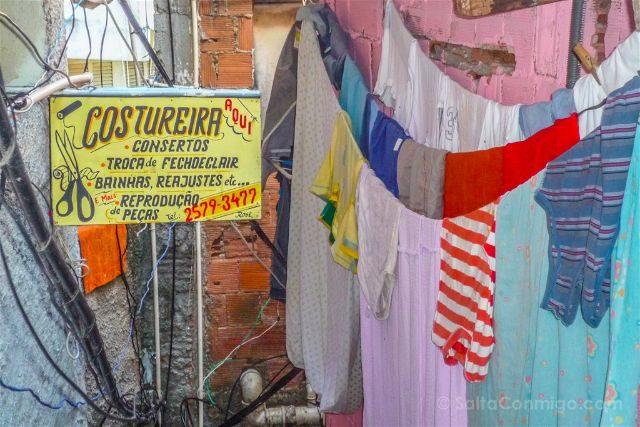 Brasil Rio De Janeiro Favela Santa Marta Costureira