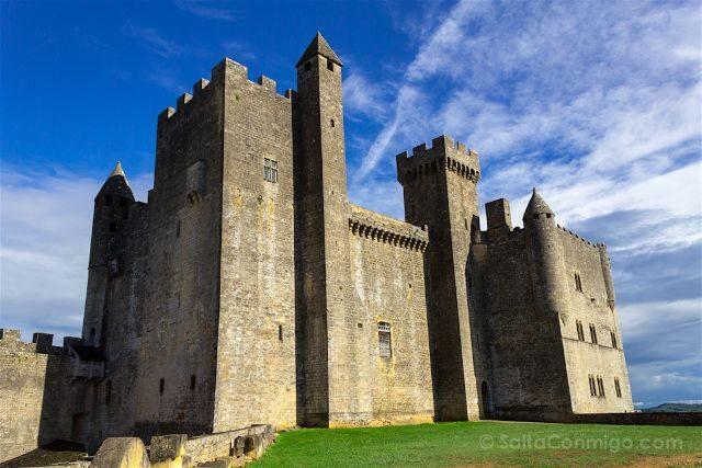 Francia Aquitania Perigord Noir Beynac Fortaleza Exterior
