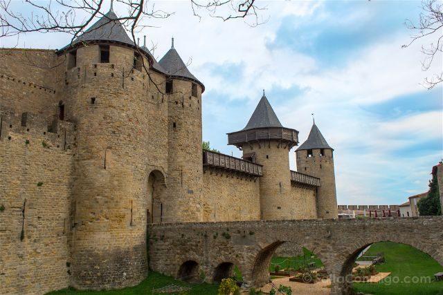 Que ver en Carcasona Carcassonne Vista Castillo Foso