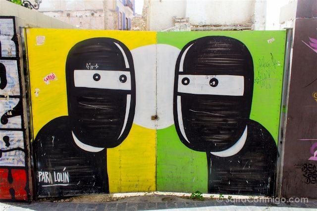Grafitis Valencia Carrer Hostal Morella