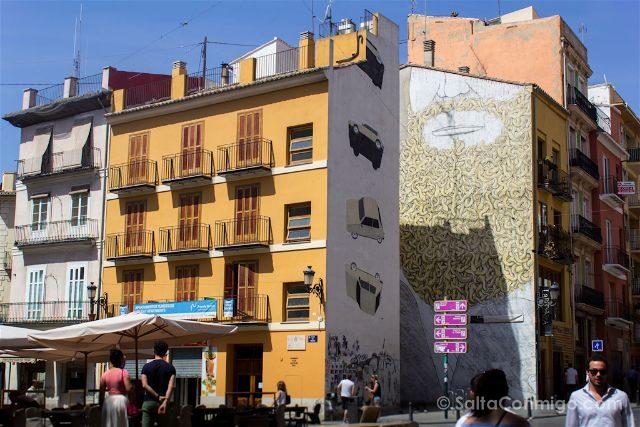 Grafitis Valencia Plaza Tossal Escif Coche Blu Moises