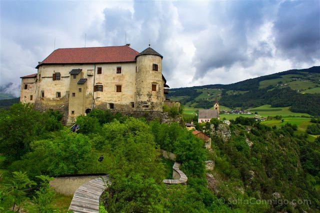 Italia Sudtirol Alto-Adige Castel Rodengo Exterior