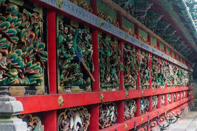 Japon Nikko Santuario Toshogu Tosho-gu Tozai Kairo Kugurimon Talla Madera