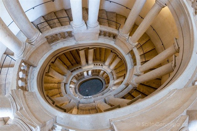 Que ver en Roma Palazzo Barberini Escalera Helicoidal Borromini