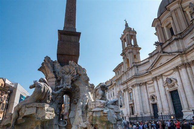 Que ver en Roma Plaza Navona Fuente Iglesia