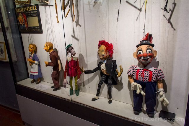 alemania lubeck theater figuren museum