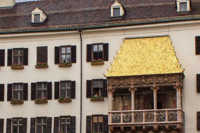 austria innsbruck tejadillo de oro goldenes dachl detalle
