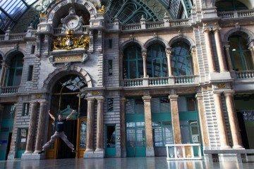 belgica flandes amberes estacion tren salto