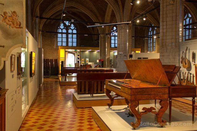 belgica flandes amberes vlesshuis museo musica interior