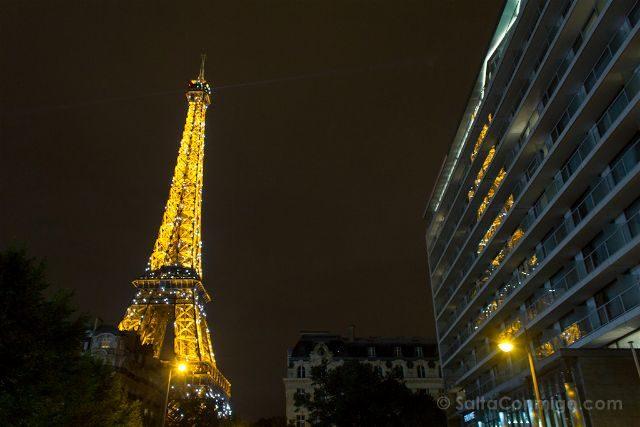 francia paris torre eiffel base iluminacion