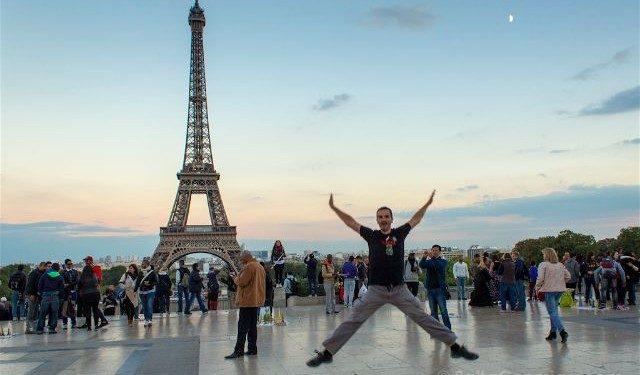 francia paris torre eiffel trocadero salto