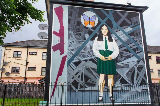 irlanda del norte derry londonderry murales bogside catolicos nacionalistas death of innocence
