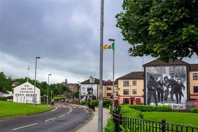 irlanda del norte derry londonderry murales bogside catolicos nacionalistas panorama