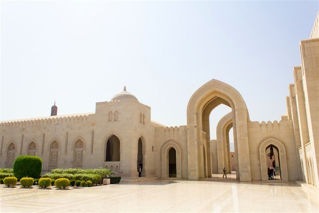 oman muscat mascate gran mezquita sultan qaboos exterior