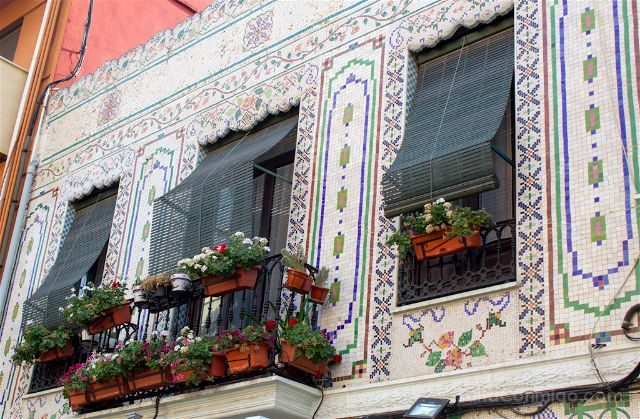 valencia cabanyal balcon ceramica