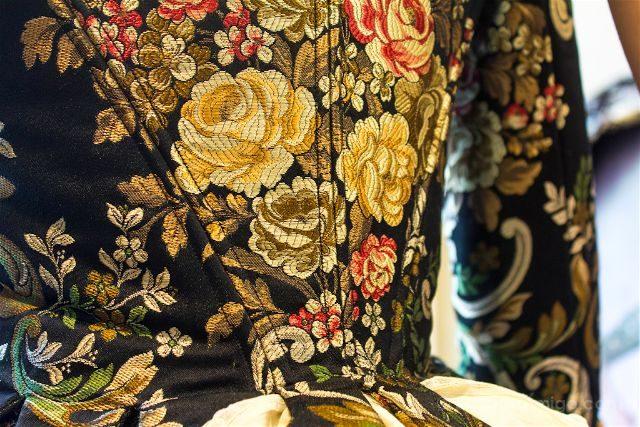 valencia ruta de la seda taller amparo fabra vestido fallera detalle