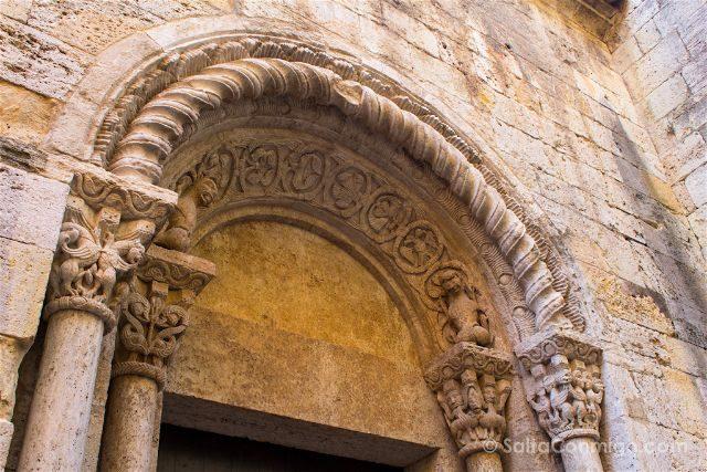 girona garrotxa besalu romanico monasterio san pedro