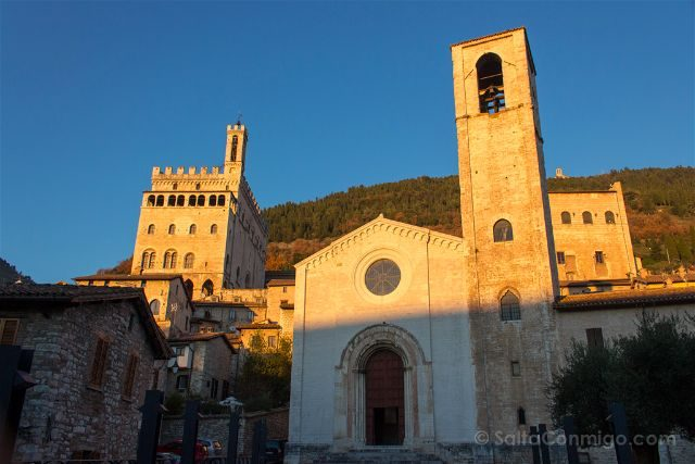 italia umbria gubbio iglesia san giovanni battista exterior don matteo