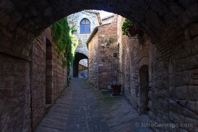 italia umbria gubbio via galeotti