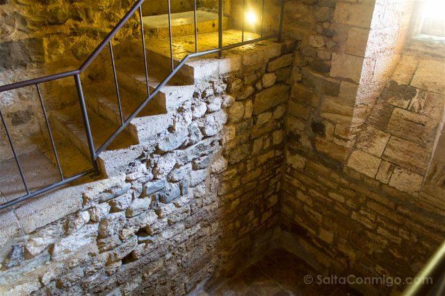 Catalunya Girona Besalu Mikve Interior