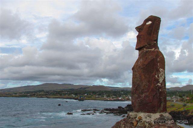 Chile Isla De Pascua Moai