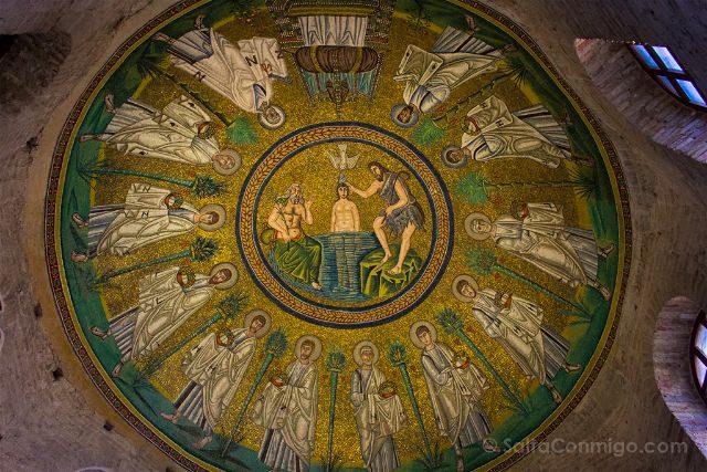 Italia Ravenna Mosaico Baptisterio Arriano