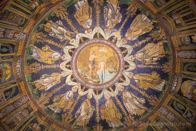 Italia Ravenna Mosaico Baptisterio Neoniano