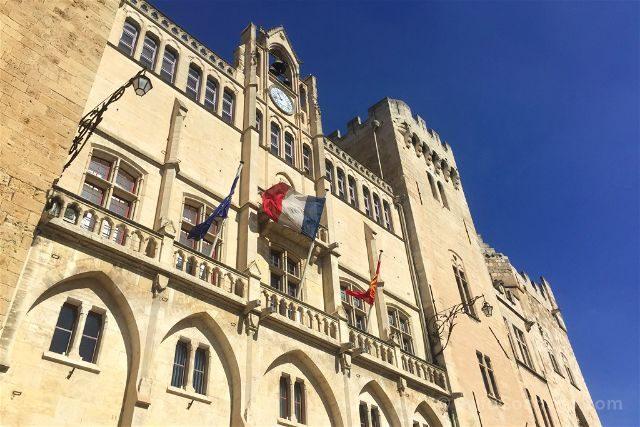 Que ver en Narbona Ayuntamiento