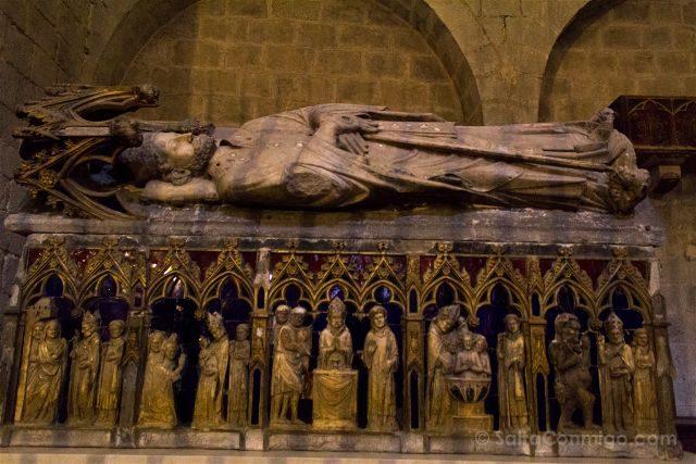Girona Basilica Sant Feliu Sarcofago Sant Narcis