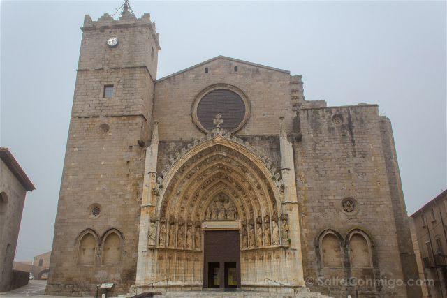Provincia de Girona Catedral Emporda Castello Empuries Fachada