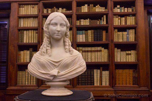 Italia Emilia Romagna Ravena Biblioteca Classense Busto Teresa Gamba