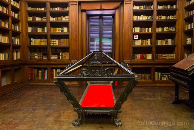 Italia Emilia Romagna Ravena Biblioteca Classense Feretro Dante