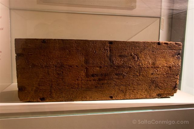Italia Emilia Romagna Ravena Museo Dantesco Caja Huesos