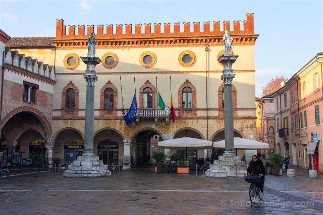 Italia Emilia Romagna Ravena Piazza Popolo