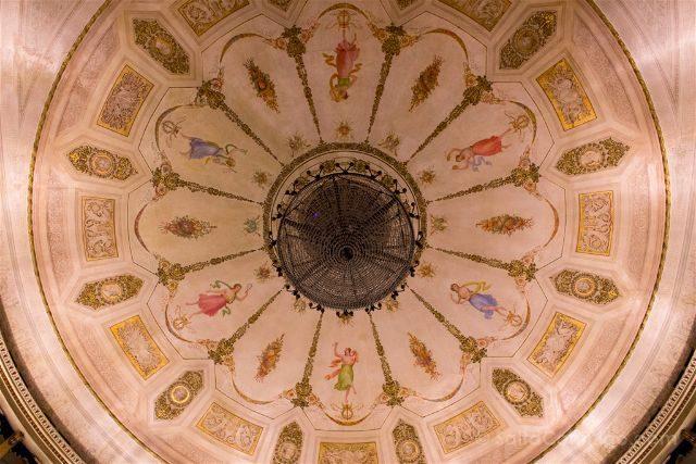 Italia Emilia Romagna Ravena Teatro Alighieri Patio Techo