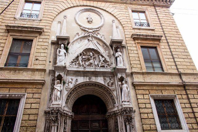 Italia Marcas Ancona Iglesia Sant Agostino Fachada