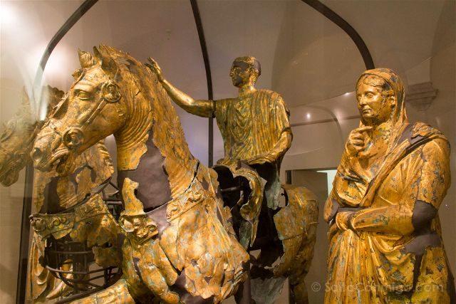 Italia Marcas Ancona Museo Arqueologico Bronzi Cartoceto