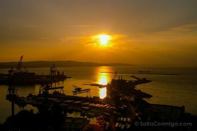 Italia Marcas Ancona Puerto Puesta Sol
