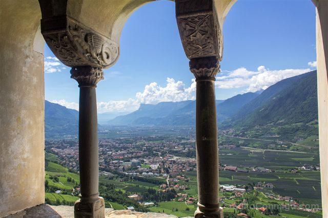 Italia Sudtirol Tirol Del Sur Bolzano Castel Tirolo Schloss Tirol Vista Dragones