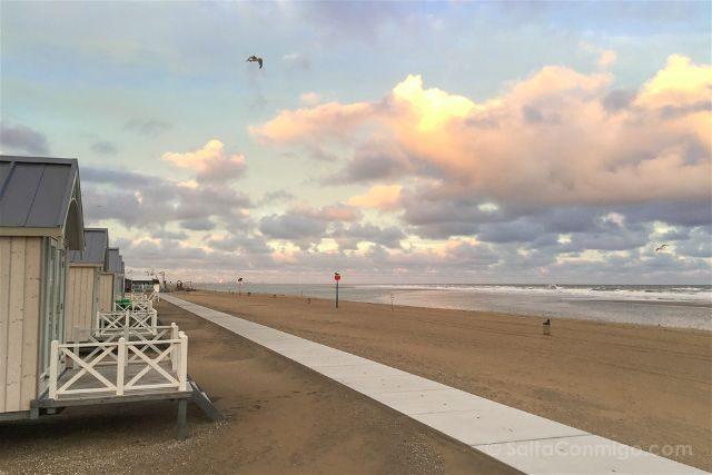 Paises Bajos Holanda La Haya Kijkduin Haagse Strandhuisjes