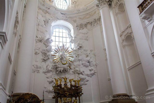 Austria Salburgo Iglesia Kollegienkirche Interior