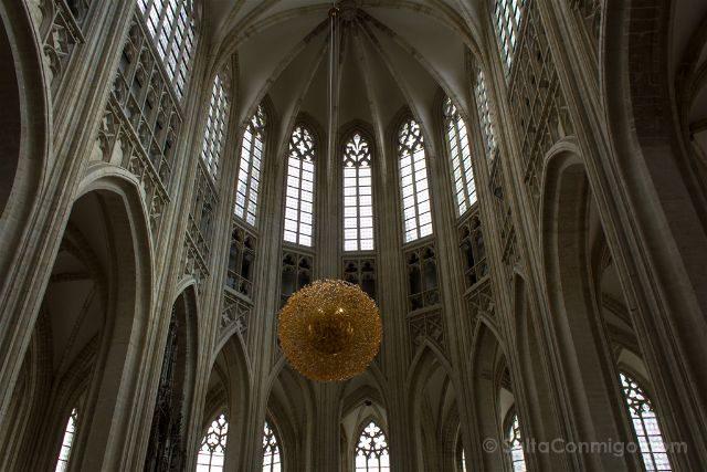 Flandes Lovaina Iglesia San Pedro Abside
