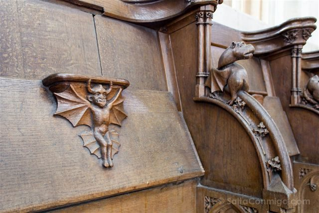 Flandes Lovaina Iglesia San Pedro Coro Misericordias Demonio