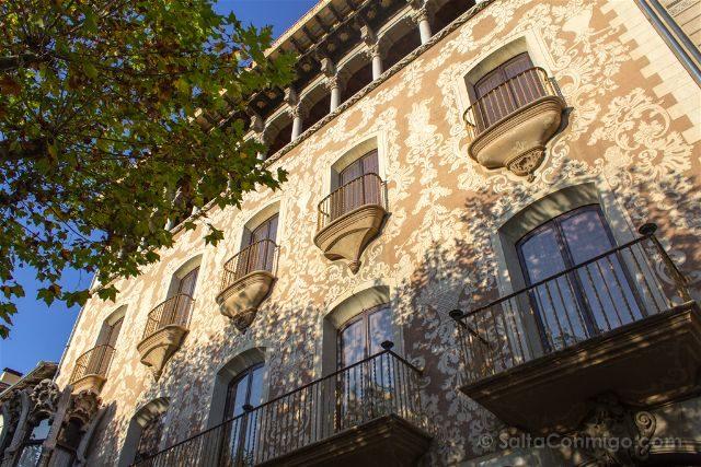 Girona Garrotxa Olot Casa Solà-Morales Fachada