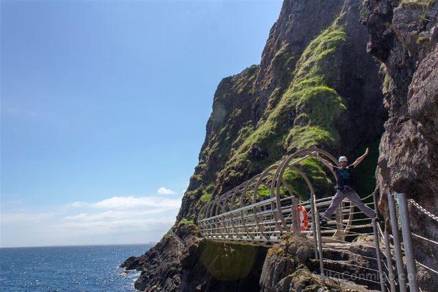 Irlanda del Norte Sendero Gobbins Puente Tubular Salto