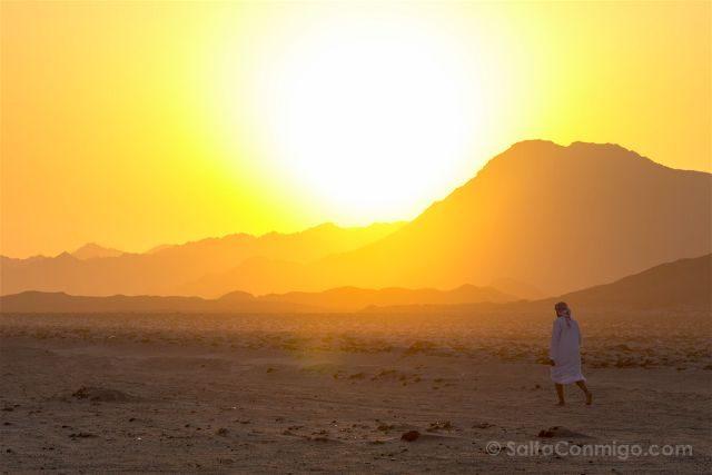 Oman Masira Playa Desierto Atardecer Ali