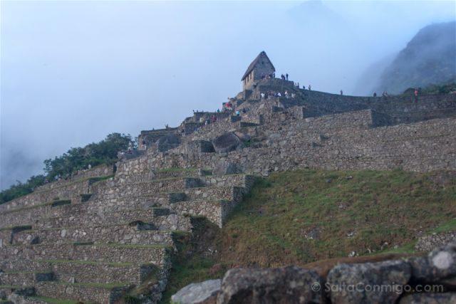 Peru Machu Picchu Niebla Casa Guardian