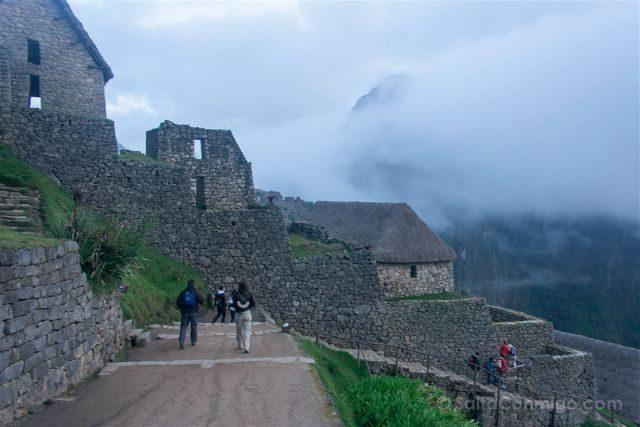 Peru Machu Picchu Niebla Entrada