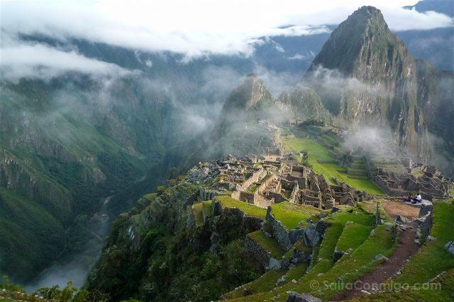 Peru Machu Picchu Niebla Vista Clasica Rio