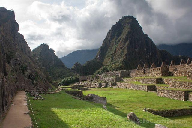 Peru Machu Picchu Plaza Sagrada